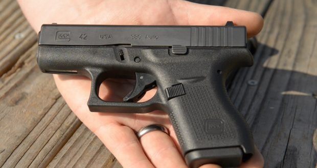 5 Super-Dependable Pocket Pistols You're Gonna Love